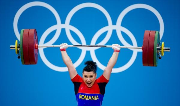 Aur românesc la Tirana