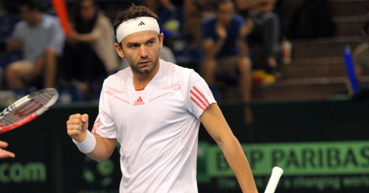 Wimbledon: Mergea așteaptă, dar cu folos
