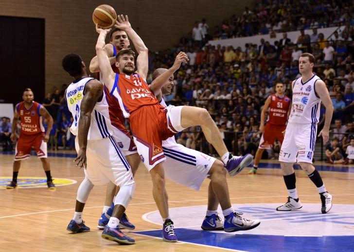 S-a modificat din nou proporția jucătorilor români și străini la baschet