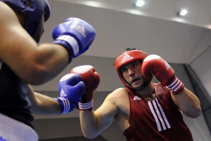 Două competiții în aceeași perioadă pentru boxeri