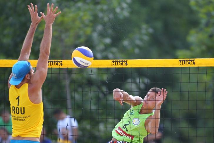 România, locul 2 la turneul de volei pe plajă din Malta