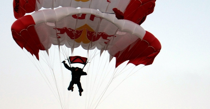Parașutism: Alexandru Nicolau, vicecampion mondial
