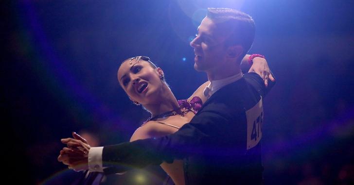 România, prezentă cu două perechi de dansatori la Campionatele Mondiale de la Riga