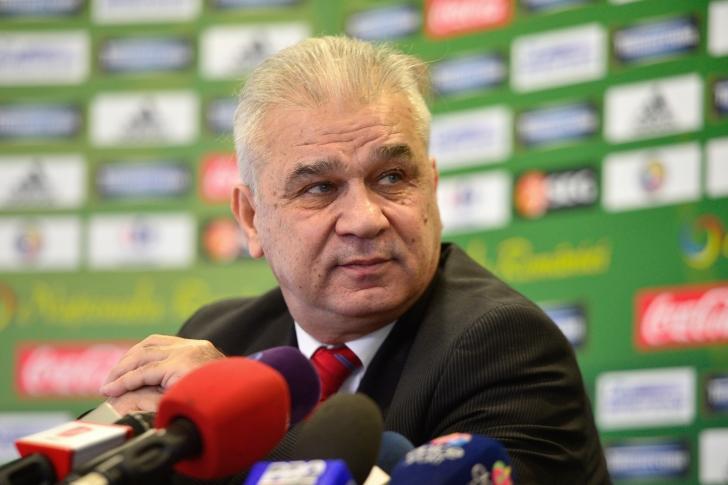 """Anghel Iordănescu: """"Îmi doresc ca echipa să joace ofensiv"""""""