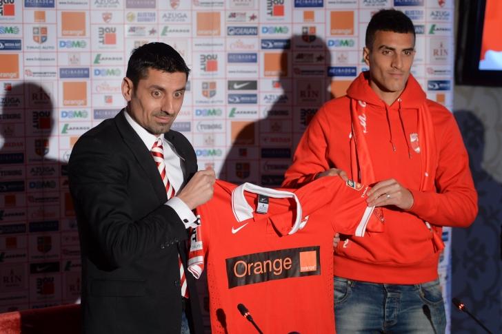 Dinamo l-a achiziţionat pe fundaşul israelian Hatem El Hamid