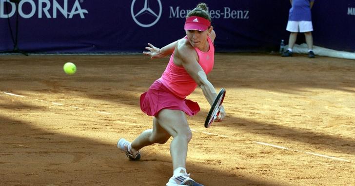WTA Stuttgart: Simona Halep, învinsă la dublu în primul tur