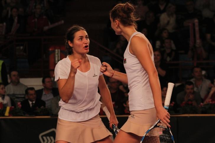 WTA Wuhan: Irina și Monica acced în sferturile de finală în proba de dublu