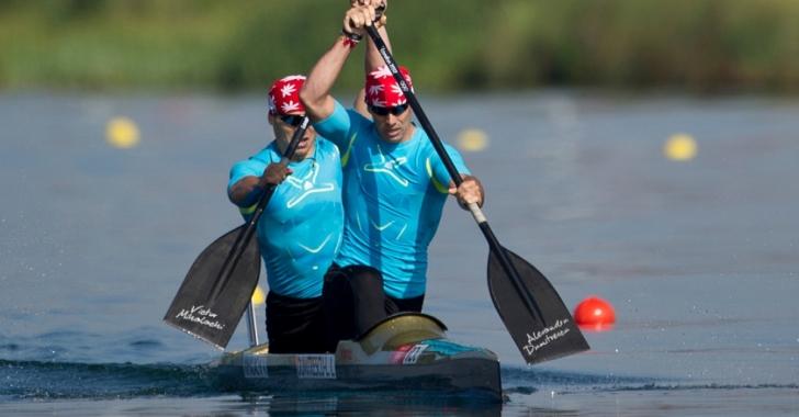 Lotul de kaiac-canoe depistat pozitiv