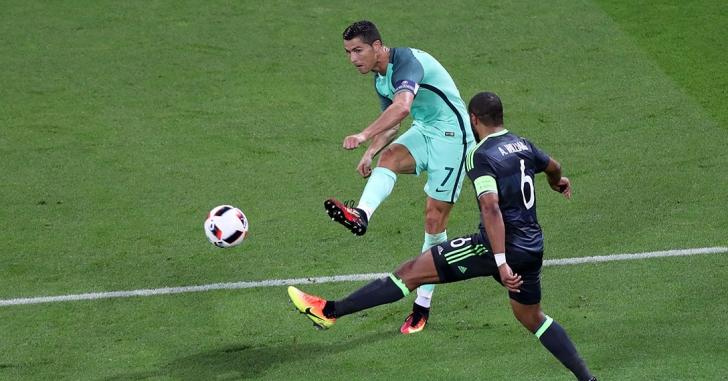 EURO 2016: Portugalia, prima finalistă