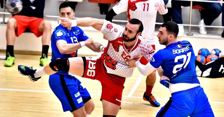 LNHM: Dinamo, prima finalistă