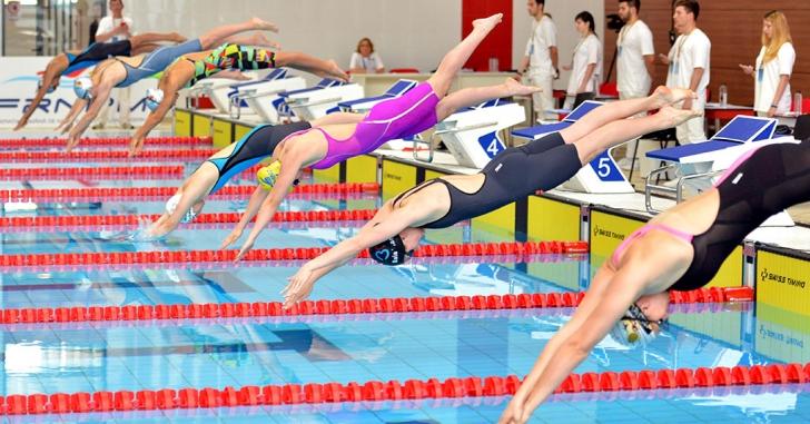 Au început Campionatele Internaționale de înot ale României