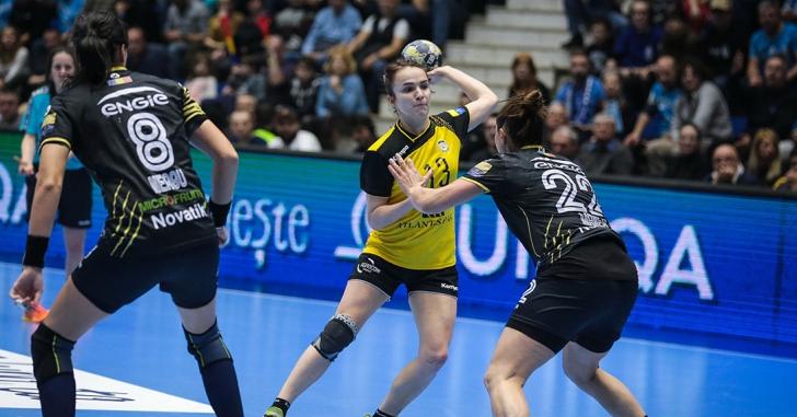 """EHF CL: """"Tigroaicele"""" încheie grupa principală cu o înfrângere"""