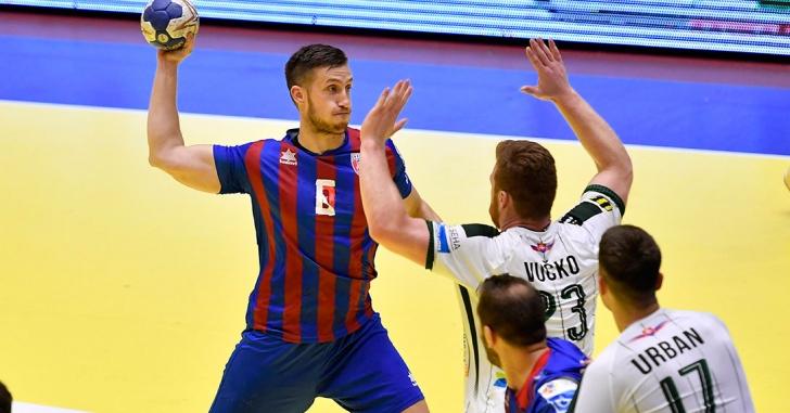 Steaua salvează ziua românilor în Cupa EHF