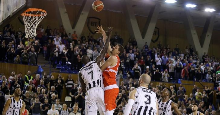 LNBM: Clujenii câștigă pe terenul campioanei