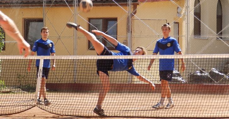 Campionatul României la Tenis cu Piciorul: Finală bihoreană în etapa a doua