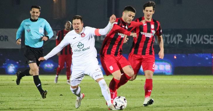 Liga 1: Patru goluri după pauză în remiza de la Sibiu