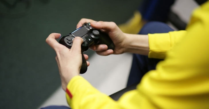 """Vlad Marinescu: """"Obiectivul meu este ca prin eSports să motivez copiii pentru a practica un sport!"""""""