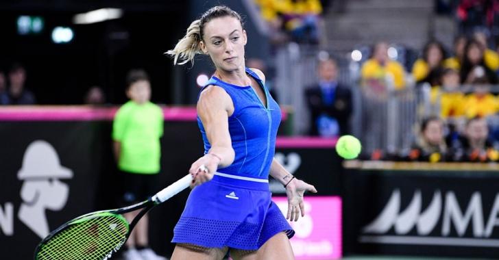 WTA Praga: Halep cedează dramatic la dublu, Bogdan avansează în sferturile de simplu
