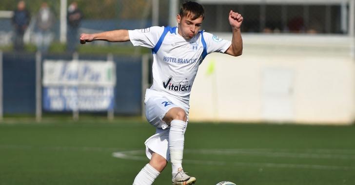 Liga 2: Șapte goluri și multă tensiune la Târgu Jiu