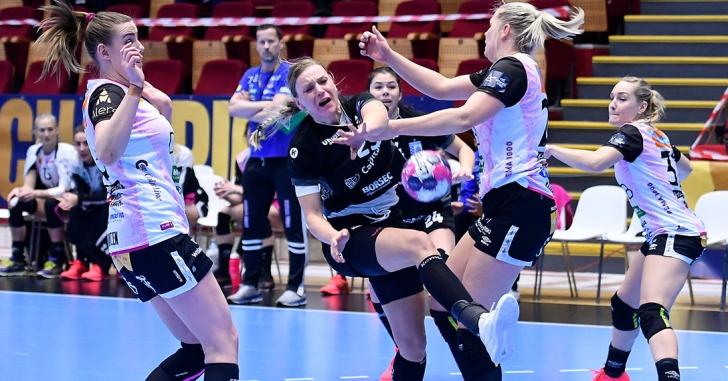 """EHF CL: Înfrângere la scor pentru """"tigroaice"""""""