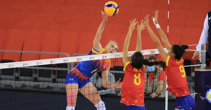 România atacă de vineri calificarea în turneul Final Four din Golden League