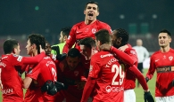 "Dinamo încheie ciclul ""1-0 câinesc""!"