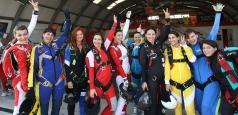 Un nou record pentru România la parașutism realizat exclusiv de o echipă feminină