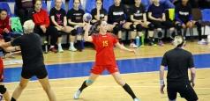 Tinerele handbaliste se luptă pentru calificarea la CM U20